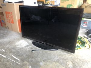"40"" Samsung TV, Apple TV, speakers for Sale in Portland, OR"