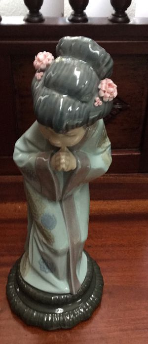 Collectible 1978 Lladro Japonesita Sayonara Geisha Girl Retired. for Sale in Tampa, FL