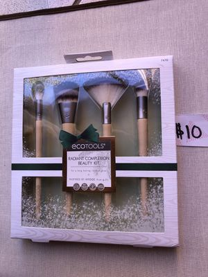 Ecotools bamboo makeup brush set for Sale in Hialeah, FL