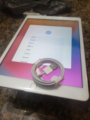 Apple iPad 7th generation for Sale in Westland, MI