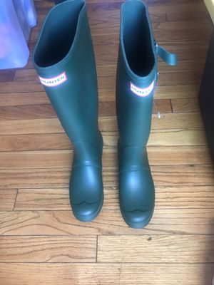 Hunter tall rain boots size 9 for Sale in Alameda, CA