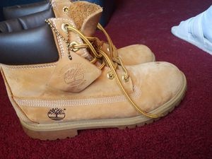 mens size 7 timberland classic tan work boots brown for Sale in Arlington, TX