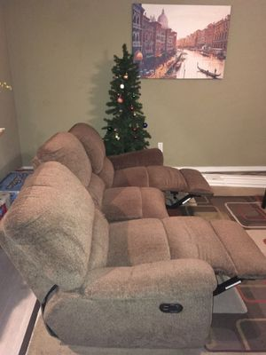 Sofa recliner combo for Sale in Renton, WA