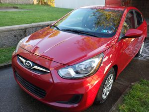 Hyundai accent gls 2014 for Sale in Brentwood, PA