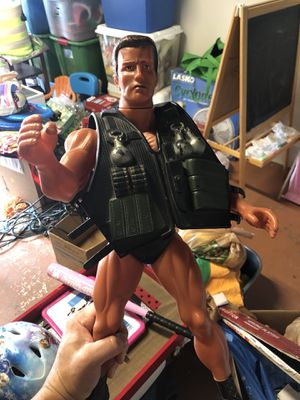Commander collectible action figure for Sale in Miami, FL