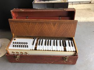 Antique electric organ for Sale in Spring Valley, CA