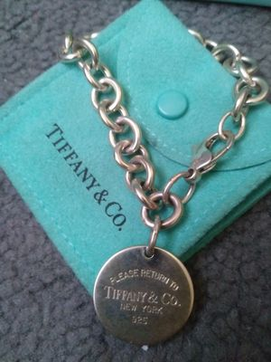 return to tiffanys dog tag braclet for Sale in Fresno, CA