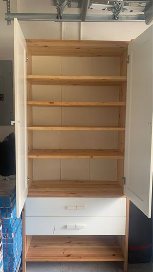 Real Wood cabinets shelves for Sale in Miramar, FL