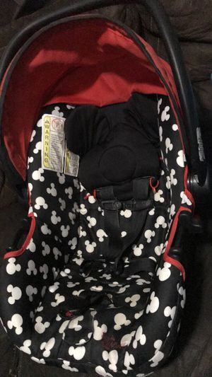Car seat with base and stroller for Sale in Fresno, CA