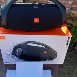 JBL BOOMBOX 2 Portable Speaker Bluetooth for Sale in Anaheim,  CA