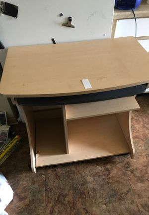 Desk for Sale in Chicago Heights, IL