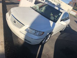 2006 Hyundai Azera with 190,000 miles in great condition for only $4,800 for Sale in Phoenix, AZ