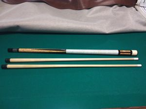 R 5 Schön custom pool cue for Sale in New London, CT
