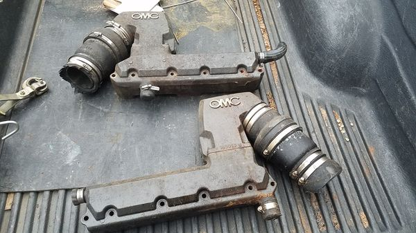 Small block chevy OMC exhaust manifolds