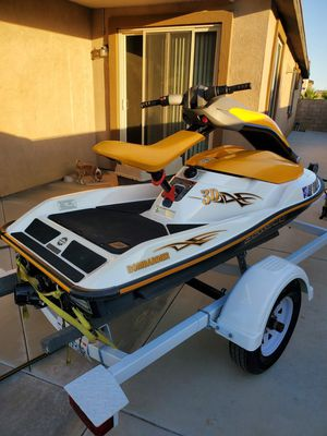2006 sea doo 3d Very clean Around 65 hours on it Comes with trailer to life jackets cover for Sale in Perris, CA