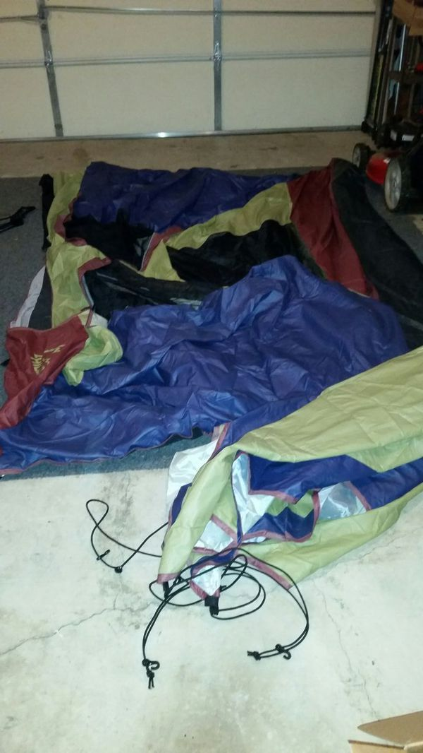 Like new Hillary Tent. Sleeps 2. Used 1 time. It is missing the poles, but they can be purchased in many stores.