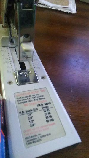 Swingline Model 390 Heavy Duty Stapler & Staples for Sale in Santee, CA