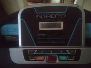 Intrepid I300 treadmill for Sale in Hazlehurst, GA