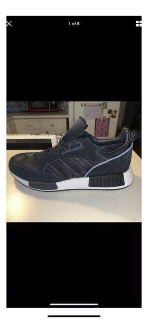Adidas shoes men's size 7 for Sale in Los Angeles, CA