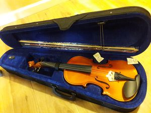Brand New violin size 4/4 full for Sale in Fresno, CA