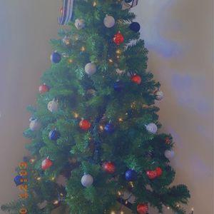 6.5 Ft Artificial Christmas Tree for Sale in El Cajon, CA