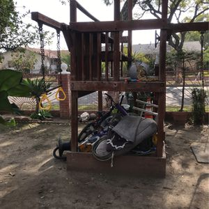 Strerdy Play set With Slide for Sale in Santa Ana, CA