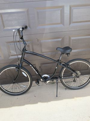26inch. Trek Ultralight xl Frame 7 speed hybrid bike This bike is for a Tall person for Sale in Plantation, FL