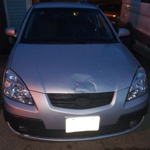 Kia rio5 hatchback 2007 for Sale in Cuyahoga Heights, OH