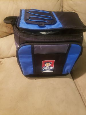 Quaker Cooler Bag for Sale in Chicago, IL