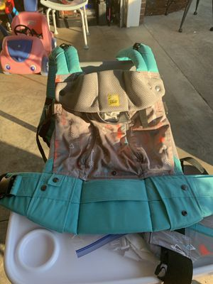 Lille baby carrier for Sale in Boiling Springs, SC