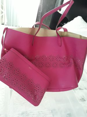Women leather purse good condition for Sale in Clifton, NJ