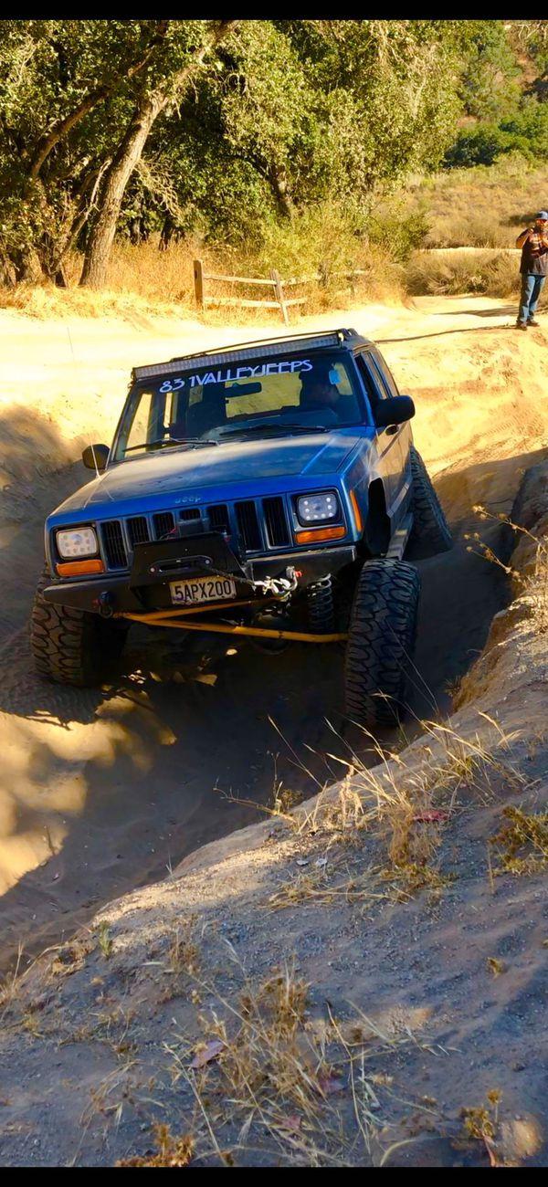 Jeep xj 1999 4x4