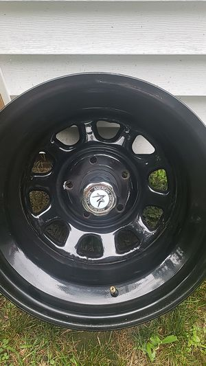 15inch by 10 rims for Sale in Bristol, CT