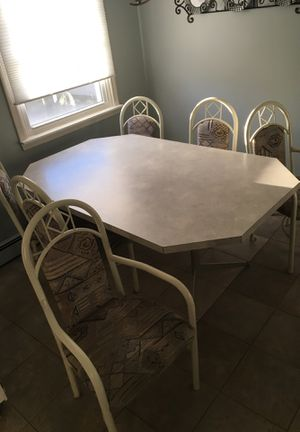 Table and chair set for Sale in Buffalo, NY