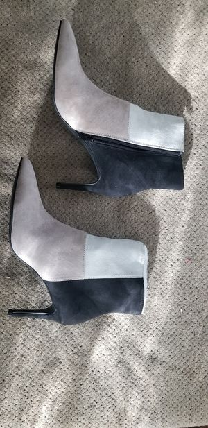 Size 8 Suede boots for Sale in Montesano, WA