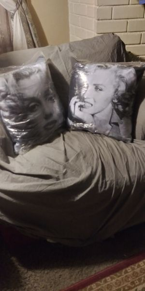 Marilyn Monroe pillows for Sale in Lake Forest, CA
