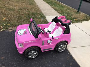 Hello kitty 12v ride on for Sale in Westerville, OH