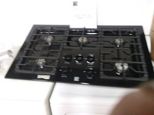 36 in 5 burner gas stove for Sale in Lakeland, FL