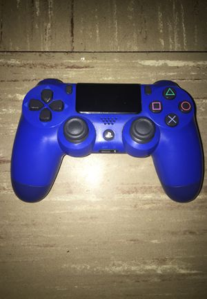 PS4 controller for Sale in Boston, MA