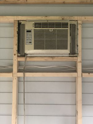 Ge window ac unit 5000 btu for Sale in Miramar, FL