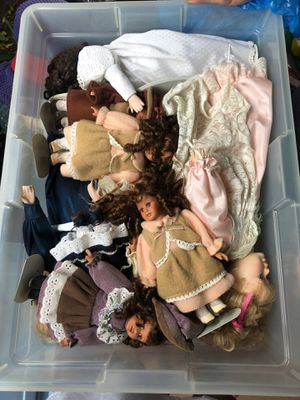 antique dolls for Sale in Miami, FL