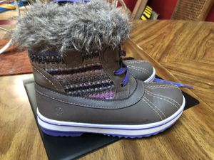 Girls fashionable winter boots size 3 for Sale in Enfield, CT
