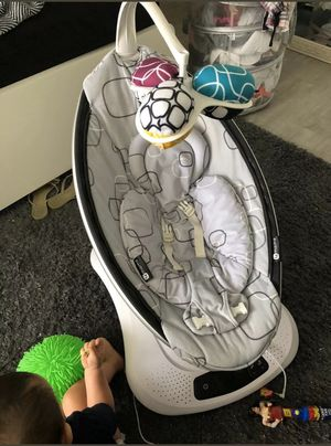 4moms mamaRoo, Bluetooth enabled, Baby Swing for Sale in Los Angeles, CA