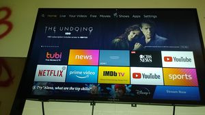"""$35! Insignia 32"""" Smart TV. With Wall Mount & Remote for Sale in Santee, CA"""