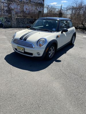2009 Mini Cooper stick shift !! Very clean for Sale in Irvington, NJ