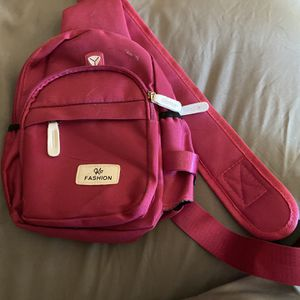 Pink Messenger Bag Great Condition for Sale in Glendale, AZ