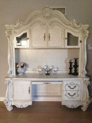 Gorgeous Elegant Acne Versailles bone white computer desk and hutch with touch lights for Sale in Peoria, AZ