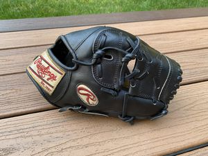 """Rawlings Pro Preferred 11.5"""" 50th Anniversary Gold Special Edition Baseball Glove for Sale in Kenmore, WA"""