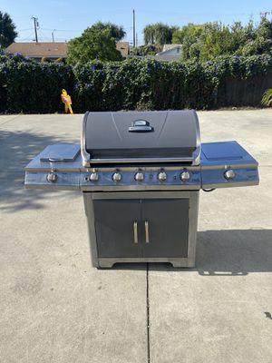 BRINKMANN 5 BURNER BBQ GRILL w/ 2 SIDE BURNERS for Sale in Rosemead, CA