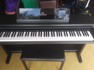 YAMAHA Clavinova CLP-550 for Sale in Cape Coral, FL